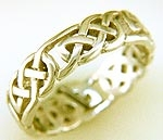 Gold Celtic Ring R41
